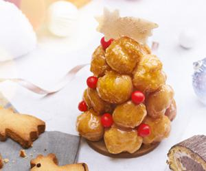 Festive flavours and fragrances: our selection of baked pastries for Christmas.